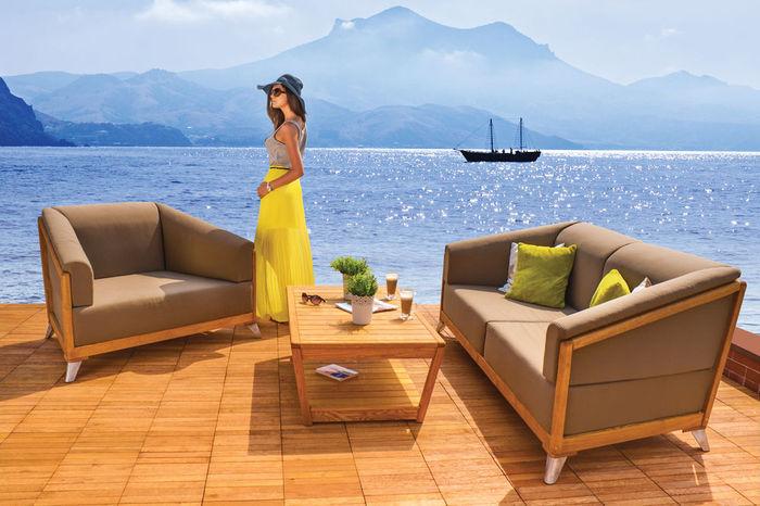 gartenm bel und loungem bel aus natur rattan kunststoff geflecht aluminium und robinienholz. Black Bedroom Furniture Sets. Home Design Ideas